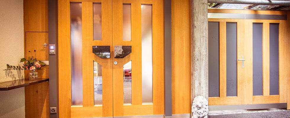 Haustüre 2-flüglig Mit Eichen-Massivdoppel Und IV-Verglasung